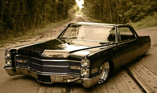 Top Ten Songs for Day-Driving and Road Trips