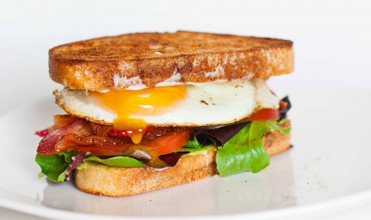 Breakfast: 7 Easy and Healthy Options to Start Your Day