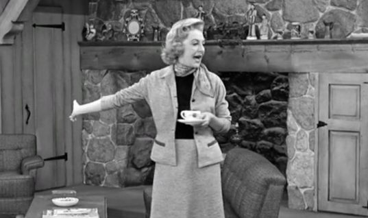 I Love Lucy: Season 6 Episode 17 (February 18, 1957)