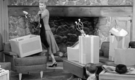 I Love Lucy: Season 6 Episode 16 (February 11, 1957)
