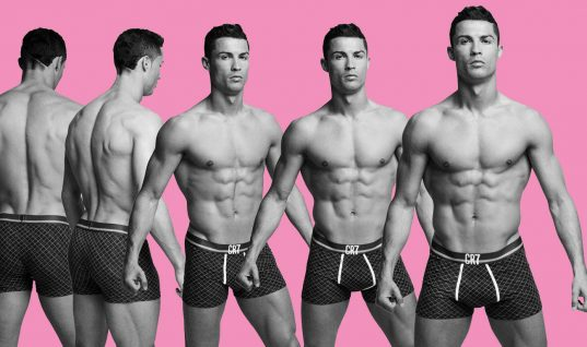Top 10 Sexiest Male Soccer Players of All Time