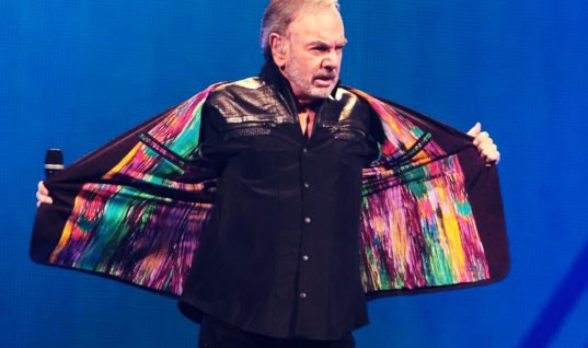 Neil Diamond: 15 Things You Didn't Know (Part 2)