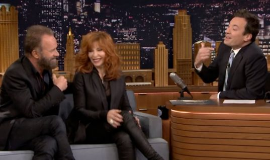 The Tonight Show Starring Jimmy Fallon: Season 3 Episode 49 (December 4, 2015)