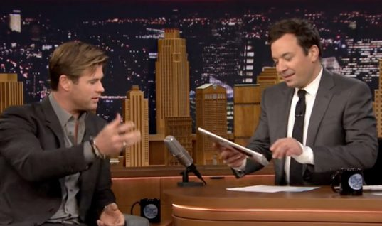 The Tonight Show Starring Jimmy Fallon: Season 3 Episode 53 (December 10, 2015)