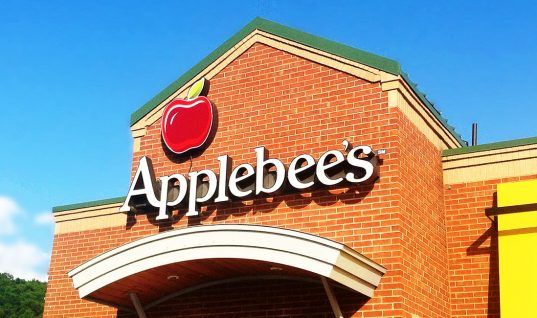Applebee's: 9 Things Your Server Won't Tell You